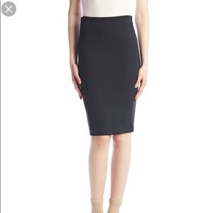 Tyler Madison Pull On Pencil Skirt